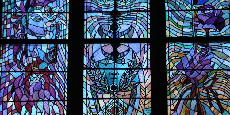 vitrail de Cocteau à Metz à l'église Saint Maximin