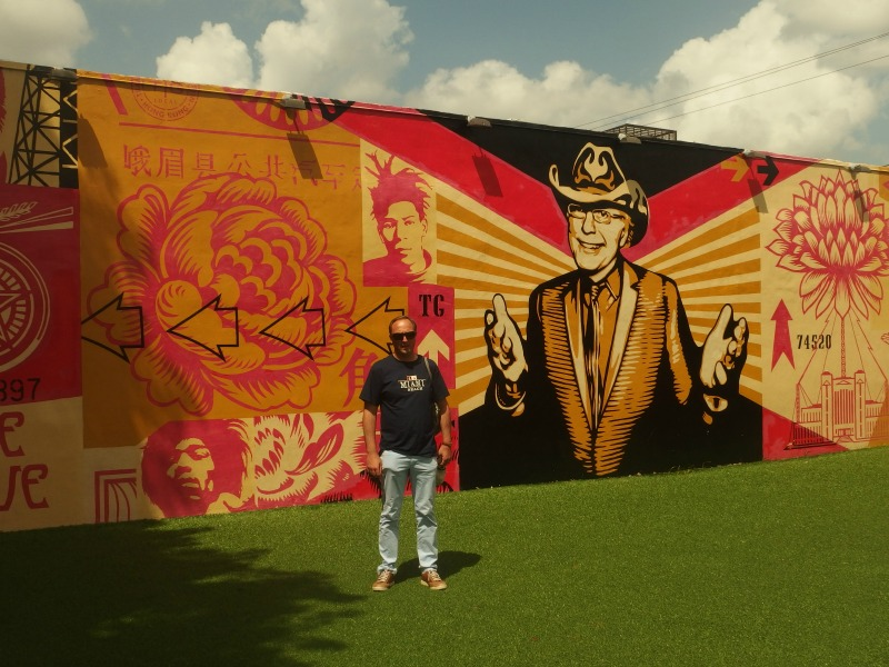 miami street art wynwood walls shepard fairey