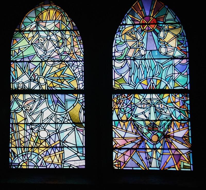 vitraux de cocteau à Metz Saint Maximin