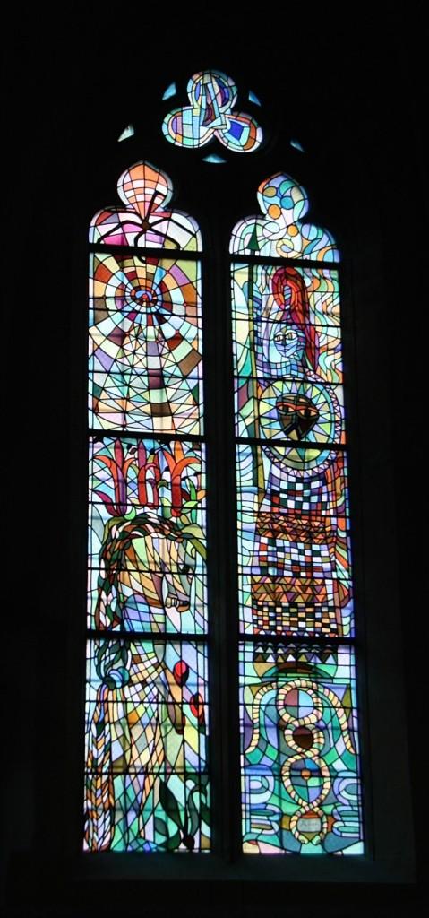 vitraux de cocteau metz saint maximin