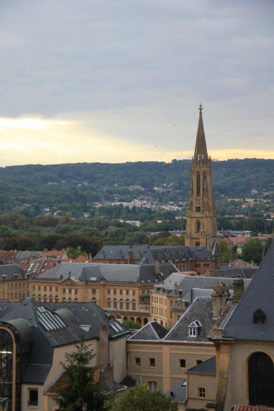 vue de la tour St-Livier, Metz, opéra théâtre, flèche du temple de garnison