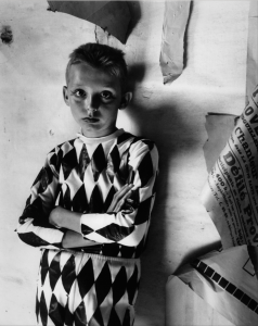 Arlequin aux affiches, 1955 (crédit photo Grand Palais)